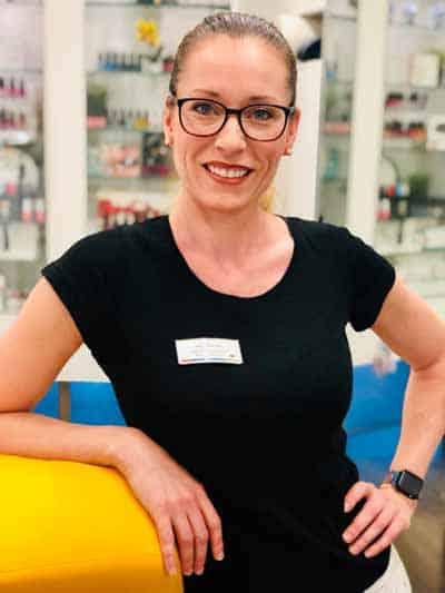 Bleaching Kosmetikerin in Berlin